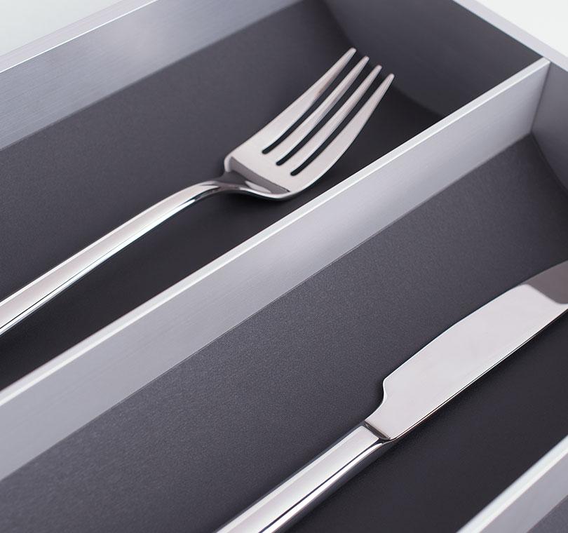 page_nos_accessoires-section-4_gammes-accessoire_aluminium