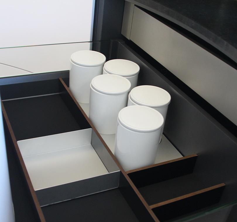 page_nos_accessoires-section-4_gammes-accessoire_compact_hpl